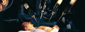 Робот провел две операции по пересадке почки